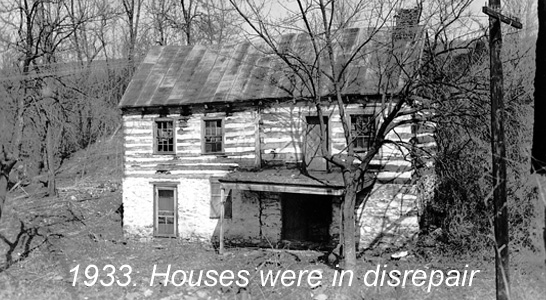 1930 photo of the weavers cottage in the village of Waterford Virginia