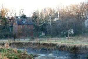 Along Catoctin Creek looking at the old mill in Waterford VA